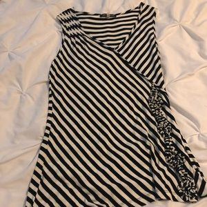 Cable & Gauge tunic tank top